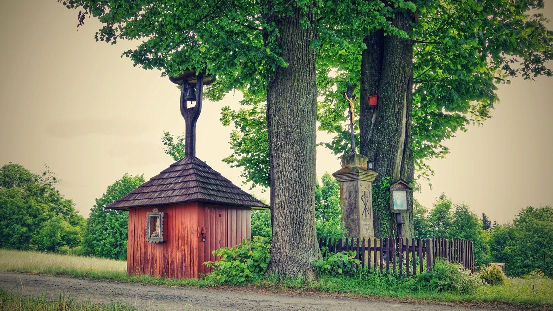 Zvonička na Santově v Malé Bystřici